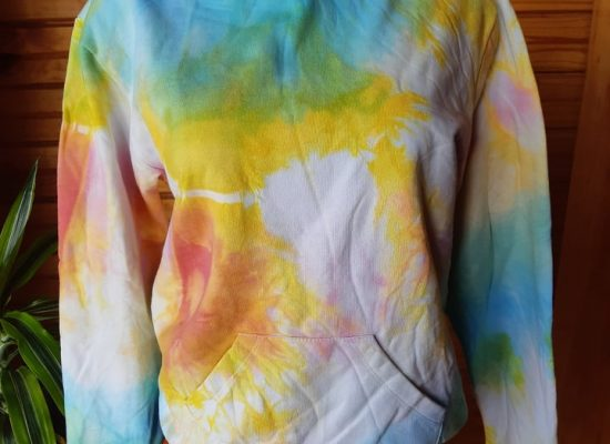 Poleron Tie-dye tonos arcoiris